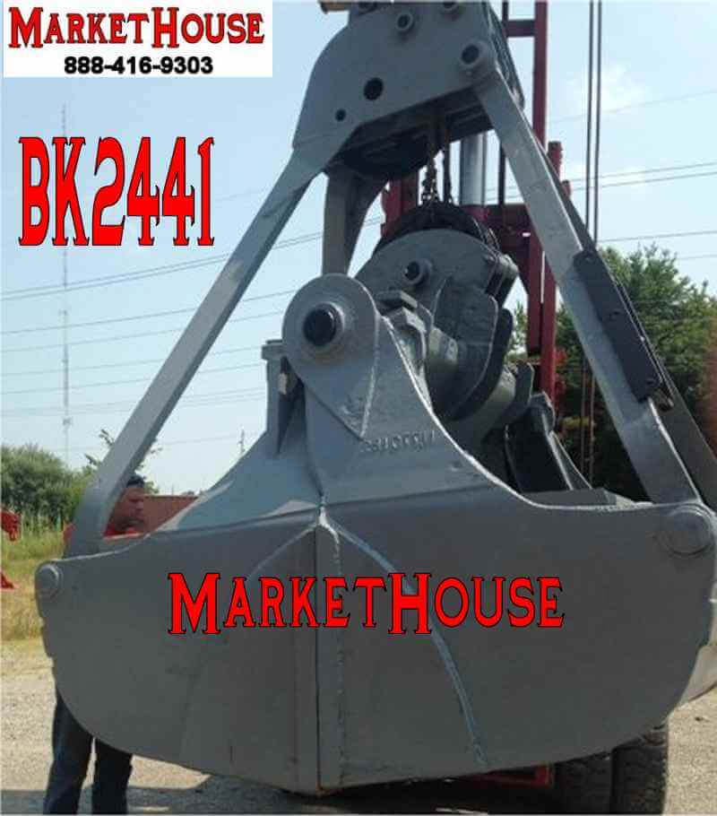 BK2441 - Mack Rehandler Clam Bucket